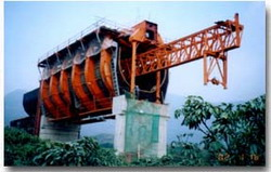 大方DZ500型大型薄腹梁渡槽造桥机