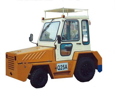 大连叉车Q25牵引车