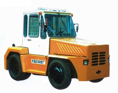 大连叉车QD35牵引车